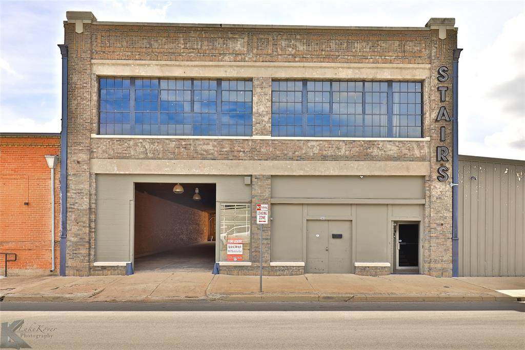 141 Oak Street - Photo 1