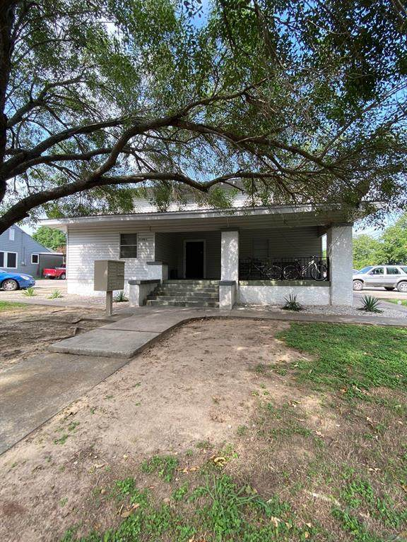 216 S Devine Street, Stephenville, TX 76401 (MLS #14382888) :: The Daniel Team