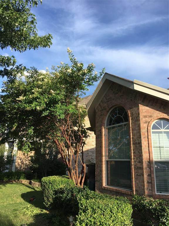 2831 Barco, Grand Prairie, TX 75054 (MLS #14385631) :: The Hornburg Real Estate Group