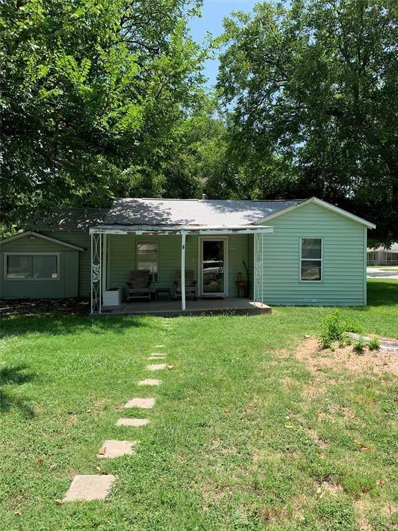 319 Mirike Drive, White Settlement, TX 76108 (MLS #14386492) :: Hargrove Realty Group