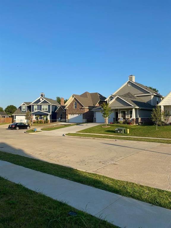 708 Mulberry Court, Celina, TX 75009 (MLS #14386753) :: Tenesha Lusk Realty Group