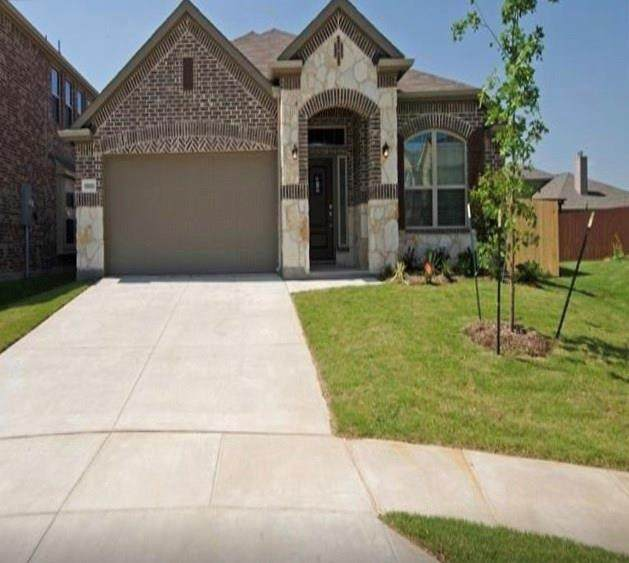 11800 Patton Drive, Frisco, TX 75036 (MLS #14388590) :: RE/MAX Pinnacle Group REALTORS