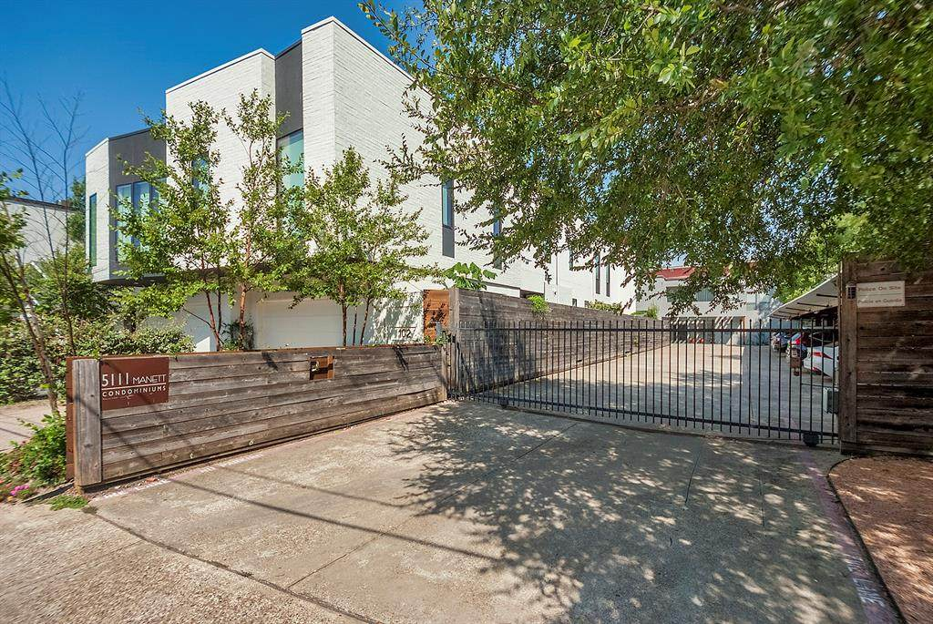 5111 Manett Street - Photo 1