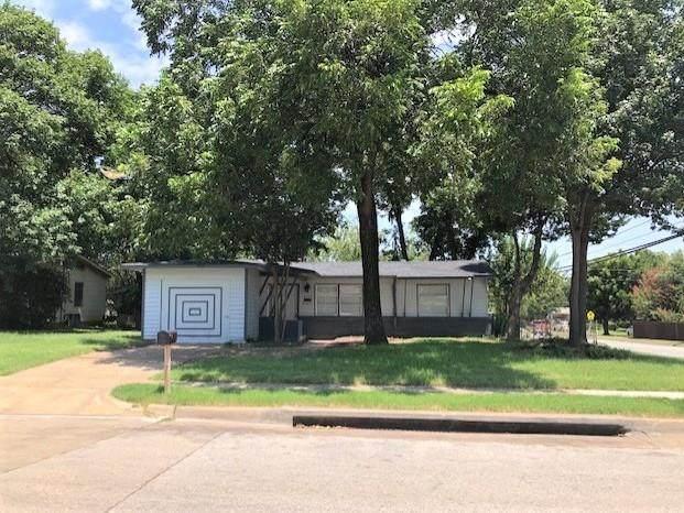 2135 Huntington Drive, Arlington, TX 76010 (MLS #14390470) :: RE/MAX Pinnacle Group REALTORS