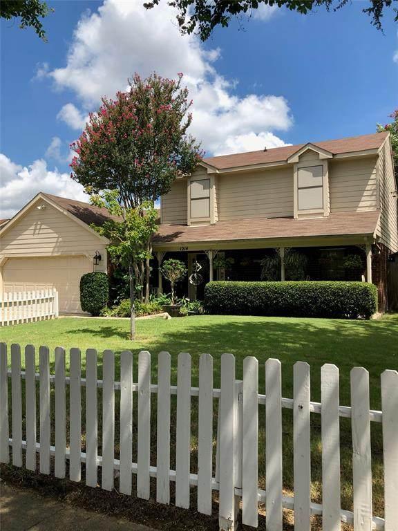 1214 Eaton Lane, Grapevine, TX 76051 (MLS #14396568) :: The Rhodes Team