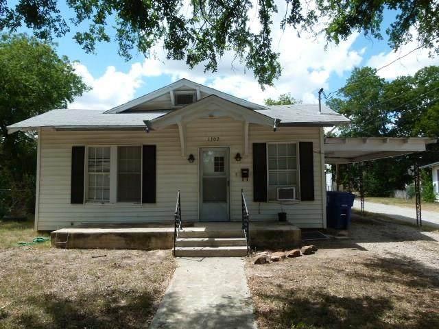 1307 Avenue I, Brownwood, TX 76801 (MLS #14397390) :: The Hornburg Real Estate Group