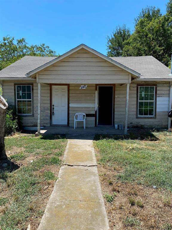414 SE 4th Avenue, Mineral Wells, TX 76067 (MLS #14400628) :: The Heyl Group at Keller Williams