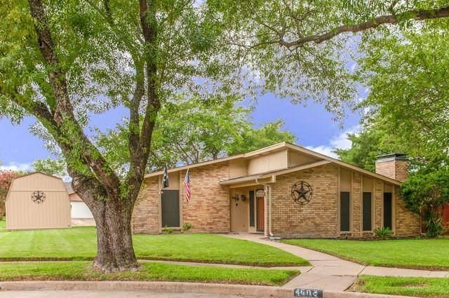 4602 Alamo Court, Grand Prairie, TX 75052 (MLS #14403415) :: The Chad Smith Team
