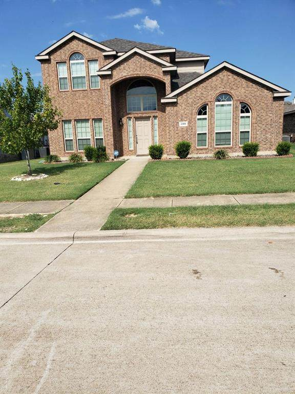 2101 Woodmere Drive, Lancaster, TX 75134 (MLS #14406654) :: The Heyl Group at Keller Williams