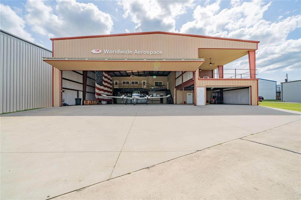 902 Aviator Drive - Photo 1