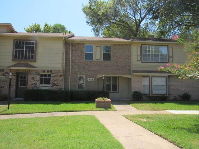 523 Pecan Acres Court, Arlington, TX 76013 (MLS #14410525) :: All Cities USA Realty