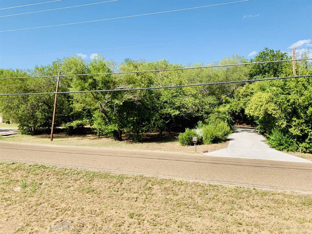 1030 Speegle Road - Photo 1