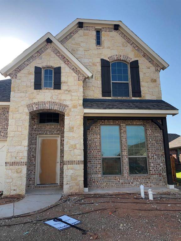 5100 Ambergate Lane, Sherman, TX 75092 (MLS #14412614) :: NewHomePrograms.com LLC