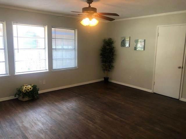 1612 Dent Street, Garland, TX 75042 (MLS #14413462) :: NewHomePrograms.com LLC