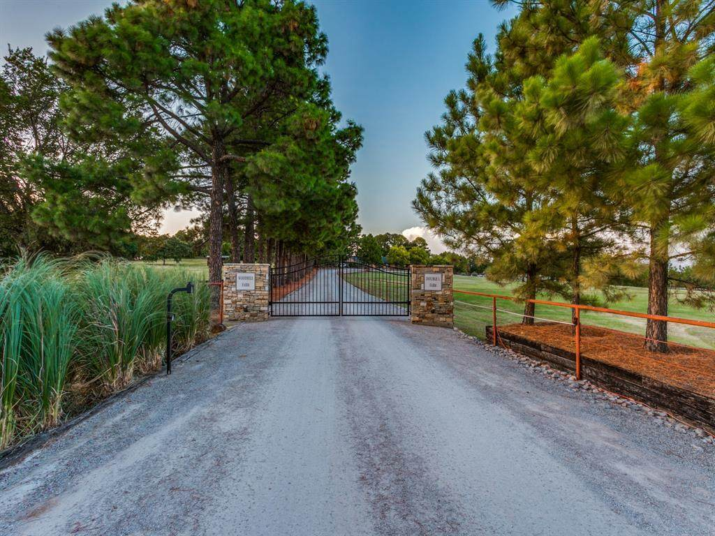 2201 Hickory Hill Road - Photo 1