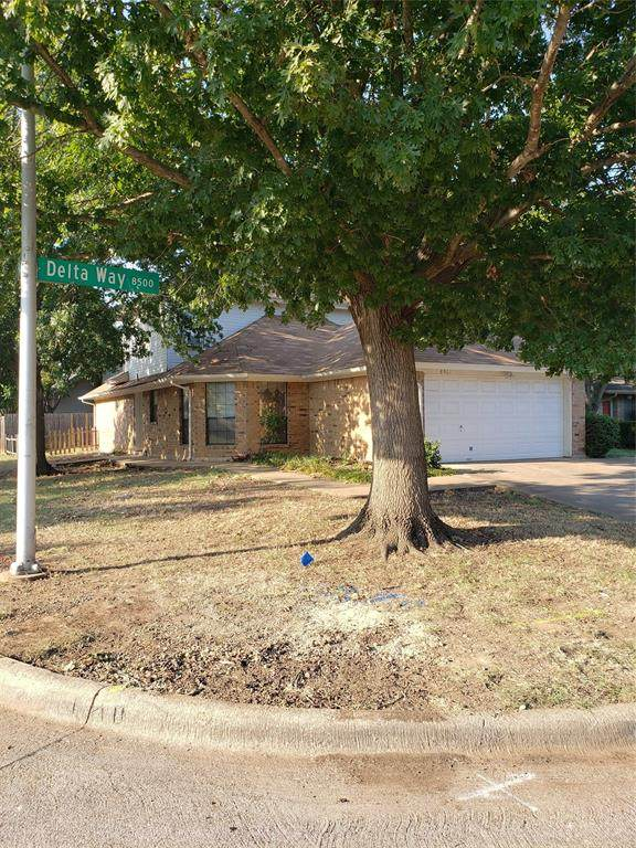 8501 Delta Way, Fort Worth, TX 76123 (MLS #14414133) :: The Heyl Group at Keller Williams