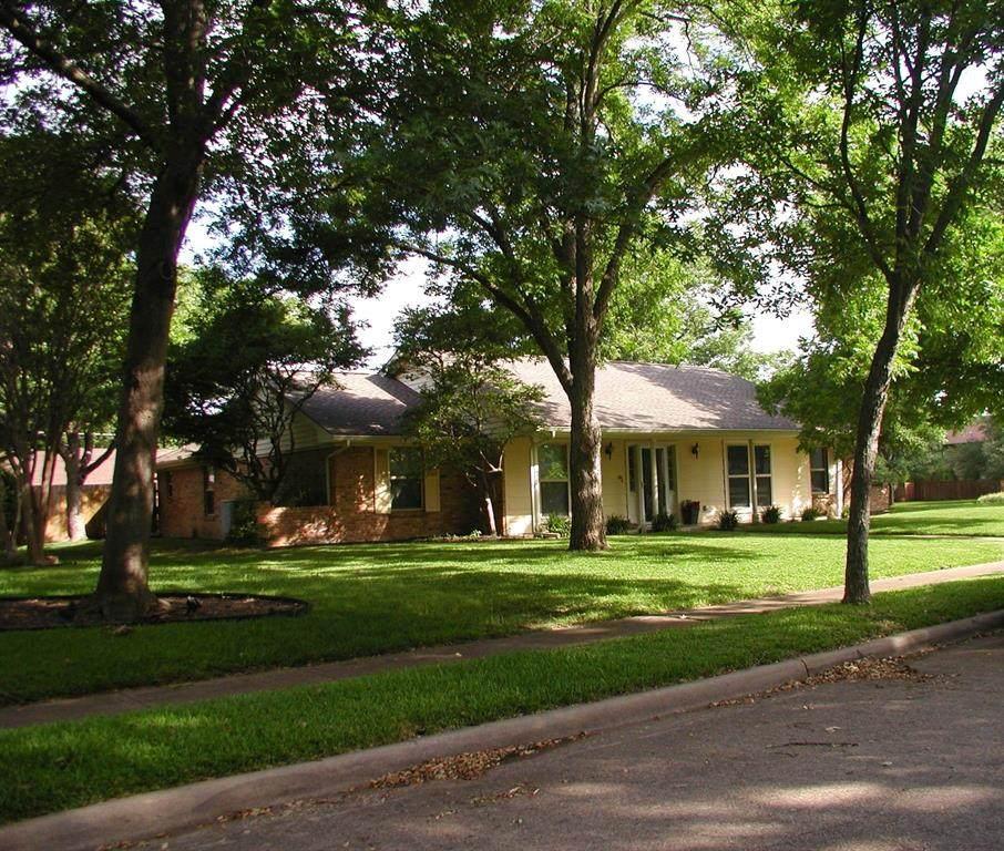 2523 Little Creek Drive - Photo 1