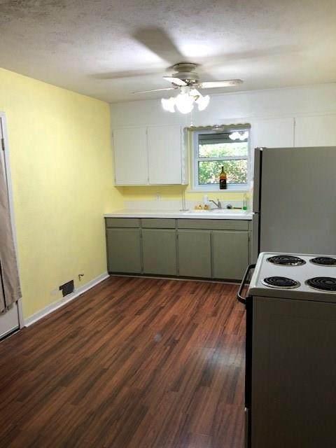 1350 W Groesbeck Street, Stephenville, TX 76401 (MLS #14424030) :: Frankie Arthur Real Estate