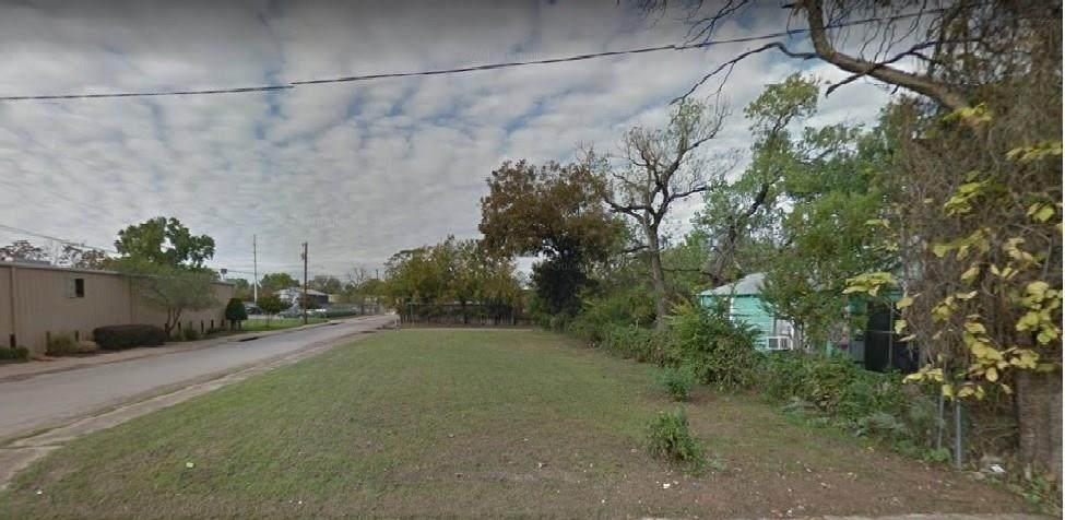 1845 Akron Street - Photo 1