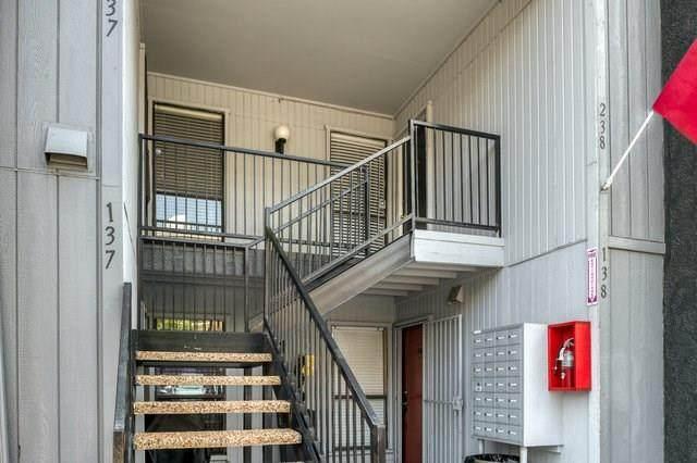 4323 Brown Street #237, Dallas, TX 75219 (MLS #14430526) :: North Texas Team | RE/MAX Lifestyle Property