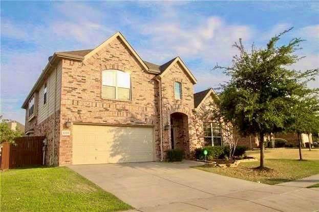 1228 Shalimar Drive, Fort Worth, TX 76131 (MLS #14430933) :: Team Tiller