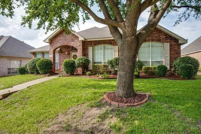 2618 E Saint Michelle Lane, Mckinney, TX 75070 (MLS #14434002) :: Real Estate By Design