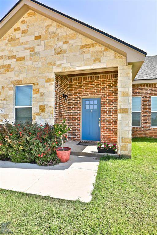 6702 Hillside Court, Abilene, TX 79606 (MLS #14435938) :: The Chad Smith Team