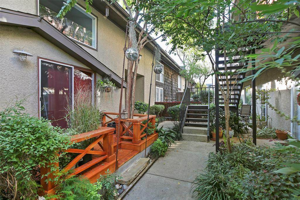 3127 Wycliff Avenue - Photo 1