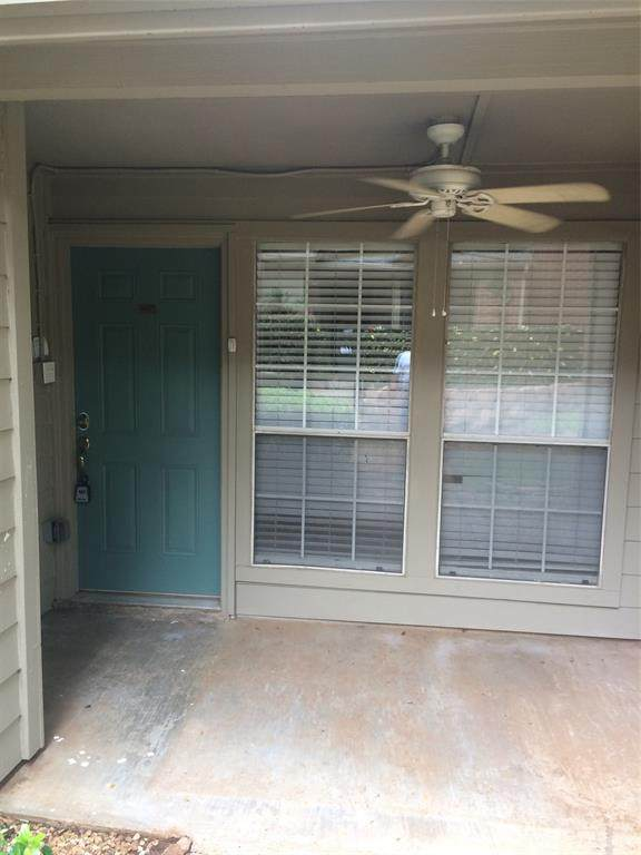 1432 Meadowood Village Drive, Fort Worth, TX 76120 (MLS #14438663) :: ACR- ANN CARR REALTORS®