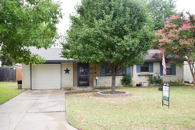 1206 Johns Drive, Euless, TX 76039 (MLS #14443100) :: Front Real Estate Co.