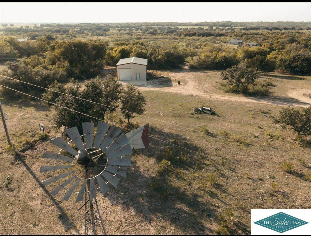 1032 Comanche County Road 343 - Photo 1