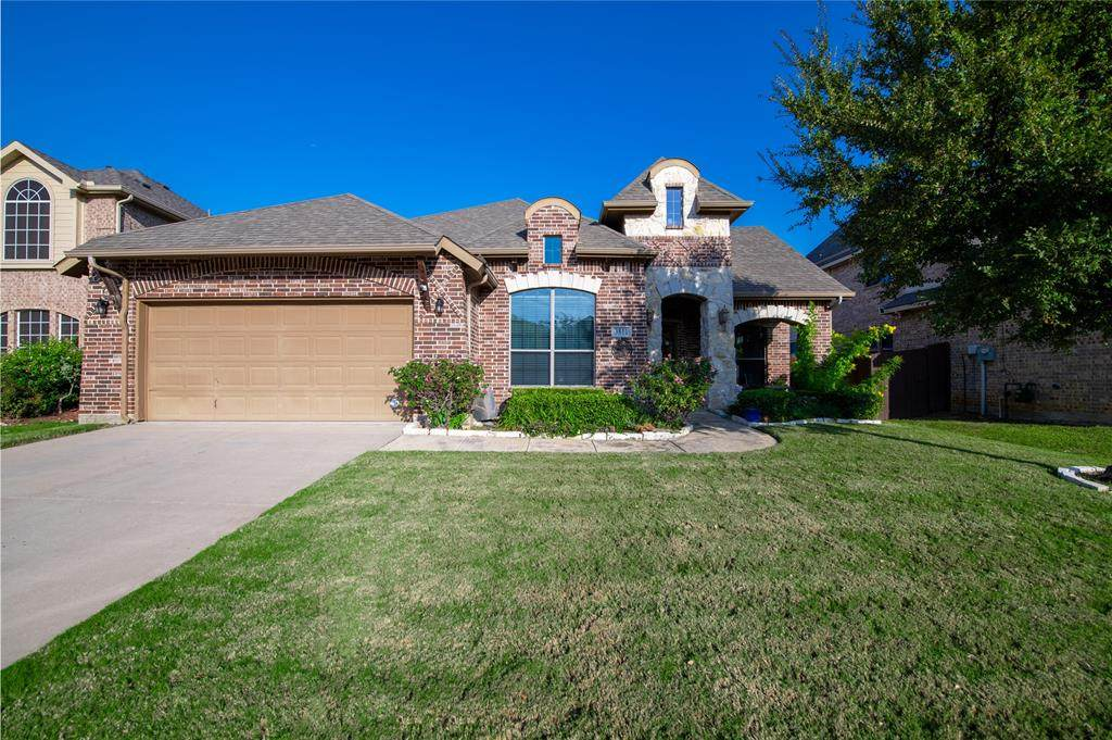 3811 Desert Willow Drive - Photo 1