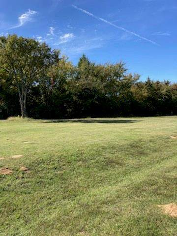216 Lakeview Circle, Eustace, TX 75124 (MLS #14451097) :: Trinity Premier Properties