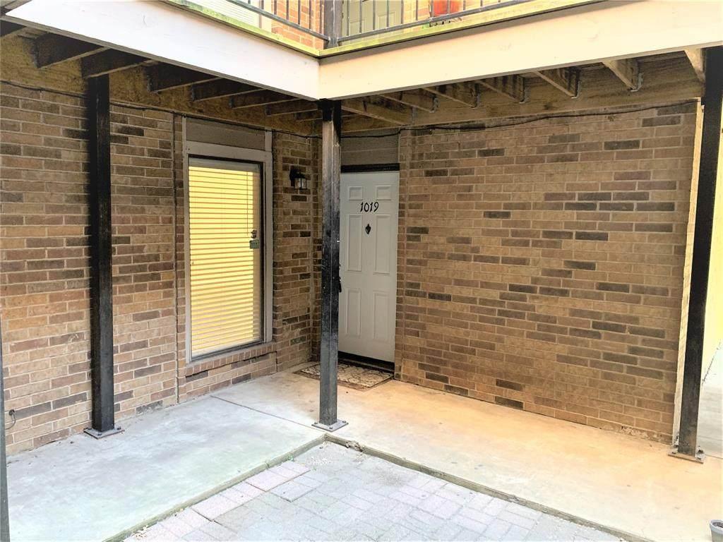 8109 Skillman Street - Photo 1