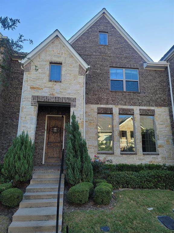 10548 Steinbeck Lane, Irving, TX 75063 (MLS #14455707) :: The Tierny Jordan Network