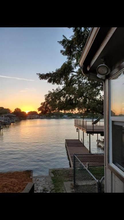 4005 Linda Court, Granbury, TX 76048 (MLS #14455842) :: Robbins Real Estate Group