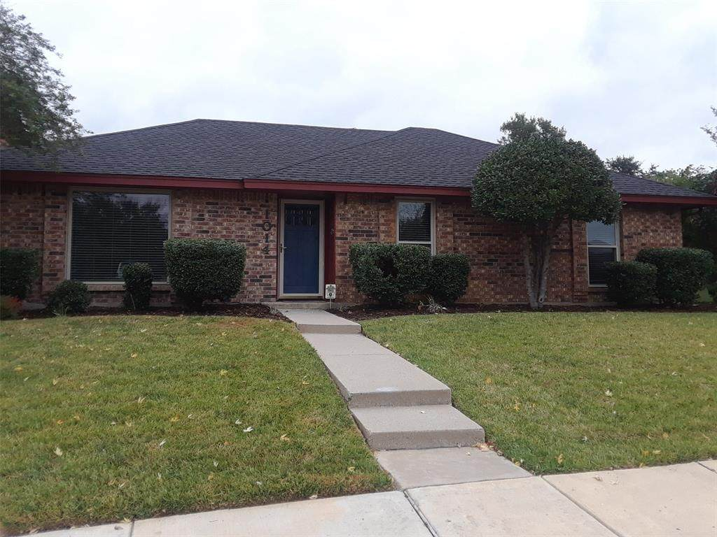 1014 Rolling Brook - Photo 1