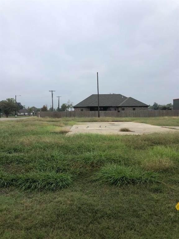 409 N Bois D Arc Street D, Van, TX 75790 (MLS #14456143) :: Potts Realty Group