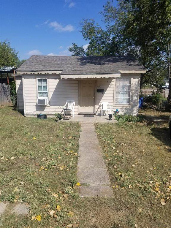 1333 E Jessamine Street, Fort Worth, TX 76104 (MLS #14456500) :: All Cities USA Realty