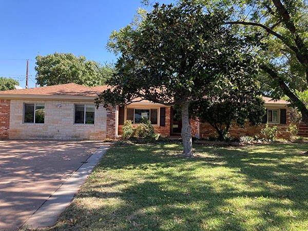 2201 Crescent Drive, Abilene, TX 79605 (MLS #14457987) :: Keller Williams Realty