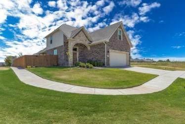 7701 Florence Drive, Abilene, TX 79606 (MLS #14459392) :: Trinity Premier Properties