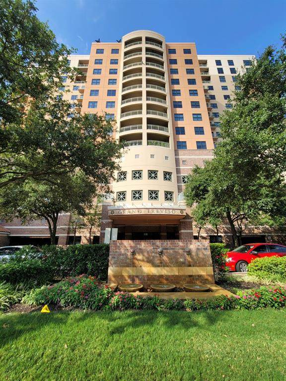 330 Las Colinas Boulevard - Photo 1