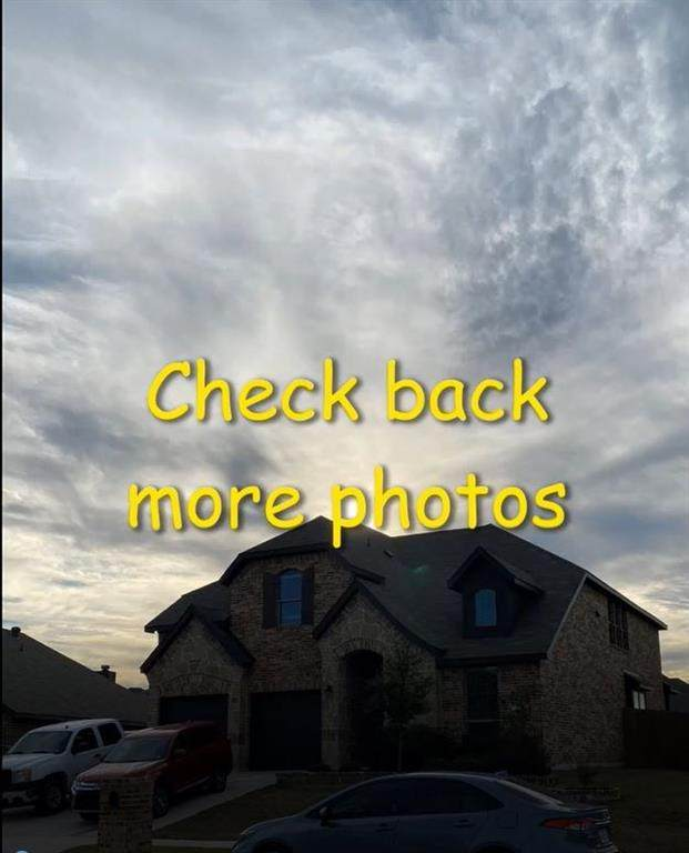 957 Cloudlock Drive, Saginaw, TX 76179 (MLS #14462992) :: Hargrove Realty Group