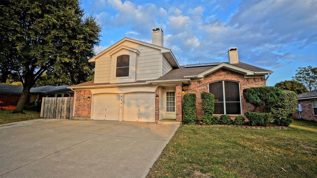 7205 Royal Oak Drive - Photo 1