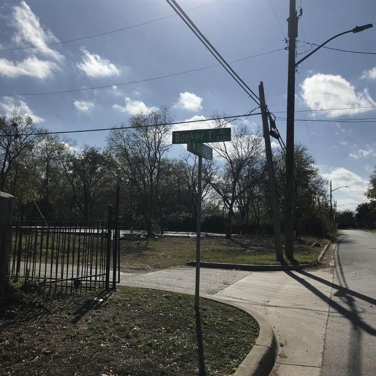 2141 R W Bivens Lane - Photo 1