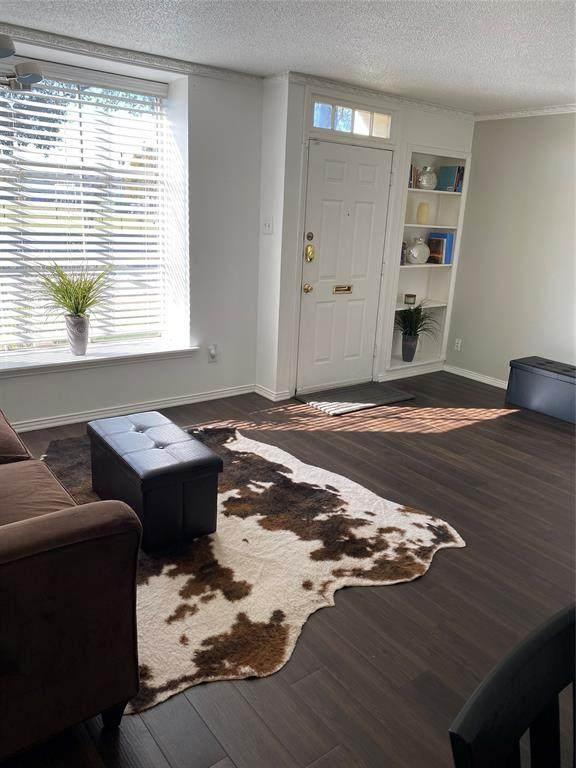 9862 Brockbank Drive #9862, Dallas, TX 75220 (MLS #14470077) :: Robbins Real Estate Group