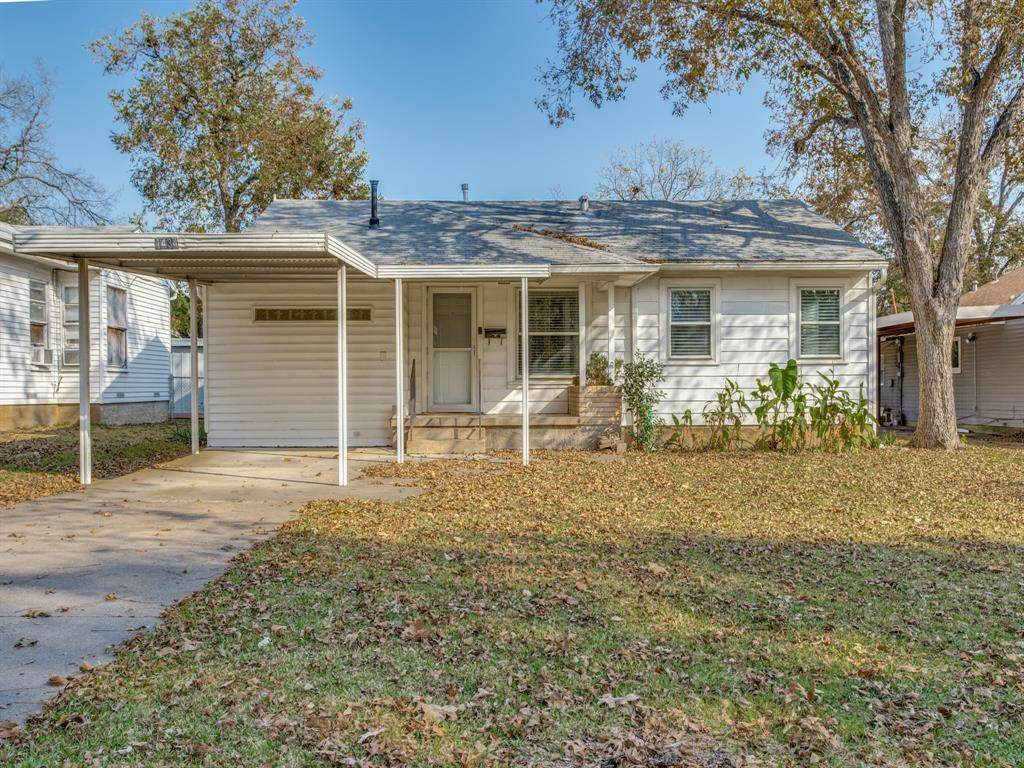 1434 Oak Cliff Boulevard - Photo 1