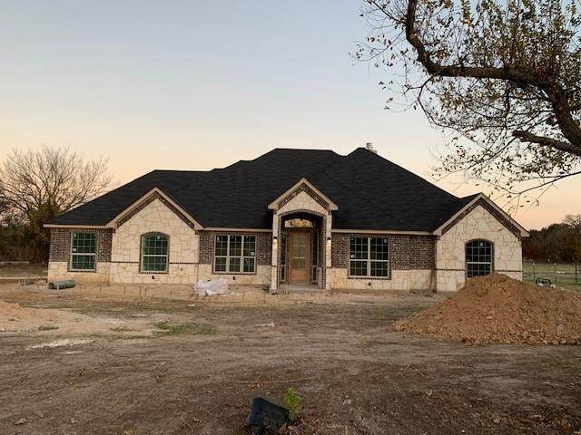 101 Marian Drive, Weatherford, TX 76085 (MLS #14470849) :: The Tierny Jordan Network