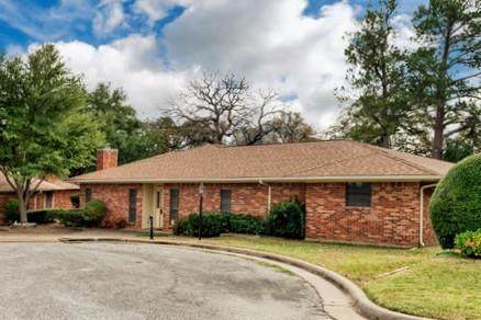 105 Cluster Drive, Mineral Wells, TX 76067 (MLS #14470994) :: All Cities USA Realty