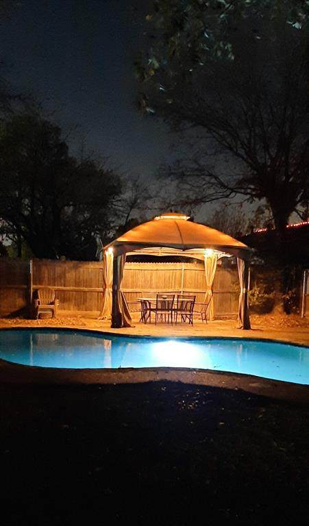 3104 Parliament Street, Irving, TX 75062 (MLS #14471773) :: Hargrove Realty Group